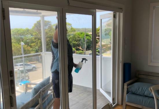 emergency glass repair Wetherill Park, emergency glass repair, glass replacement Sydney, window repairs Sydney